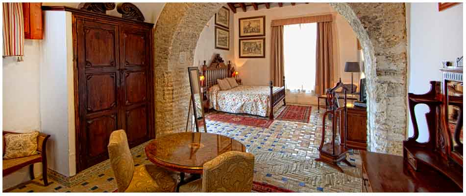 Ofertas de alojamiento hotel palacio duques de medina for Muebles sanlucar de barrameda